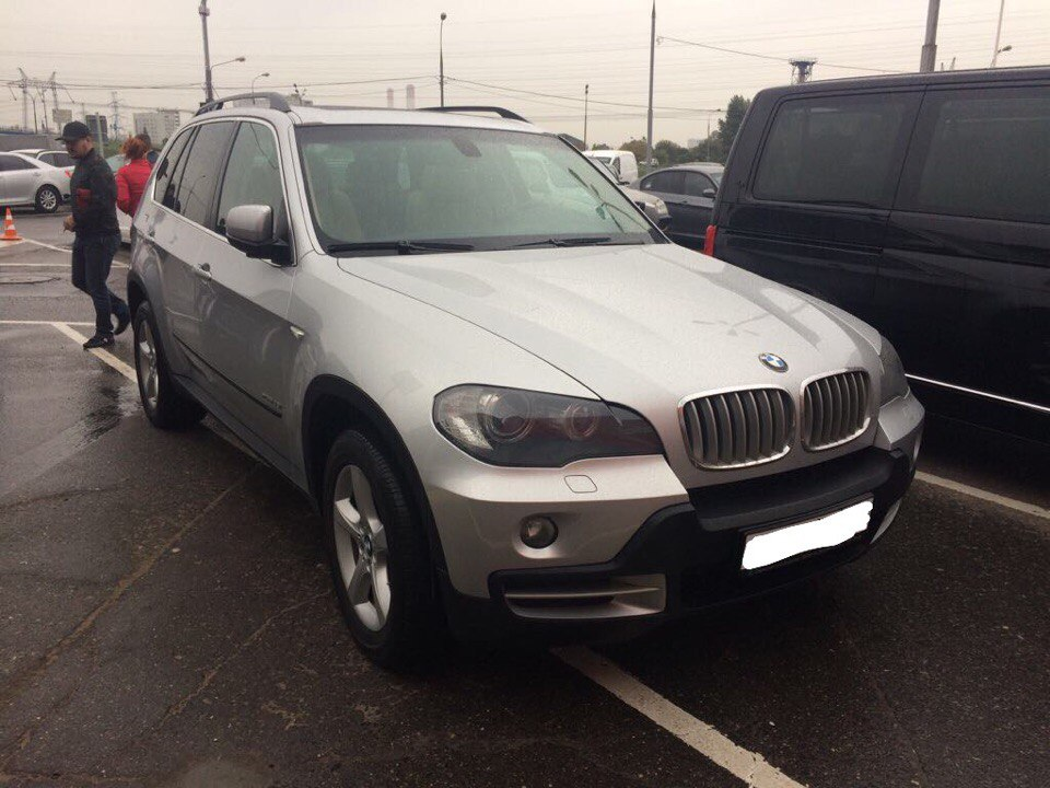 BMW X5 для Светланы и Владимира.