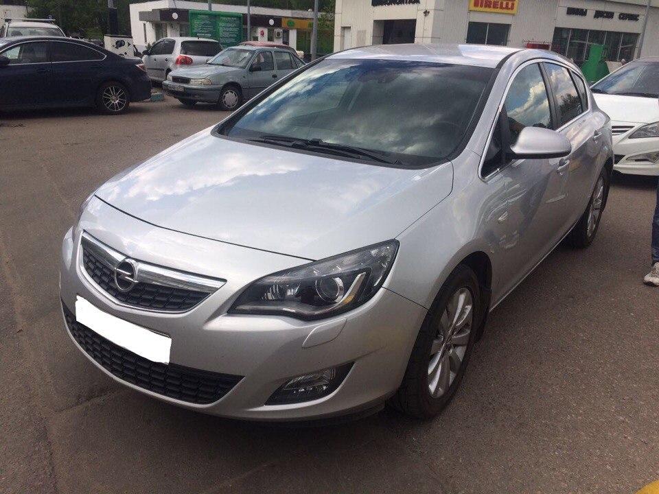 Подбор автомобиля под ключ Opel Astra J для Андрея