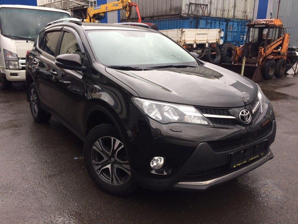 Подбор автомобиля под ключ Toyota RAV-4 для Евгения