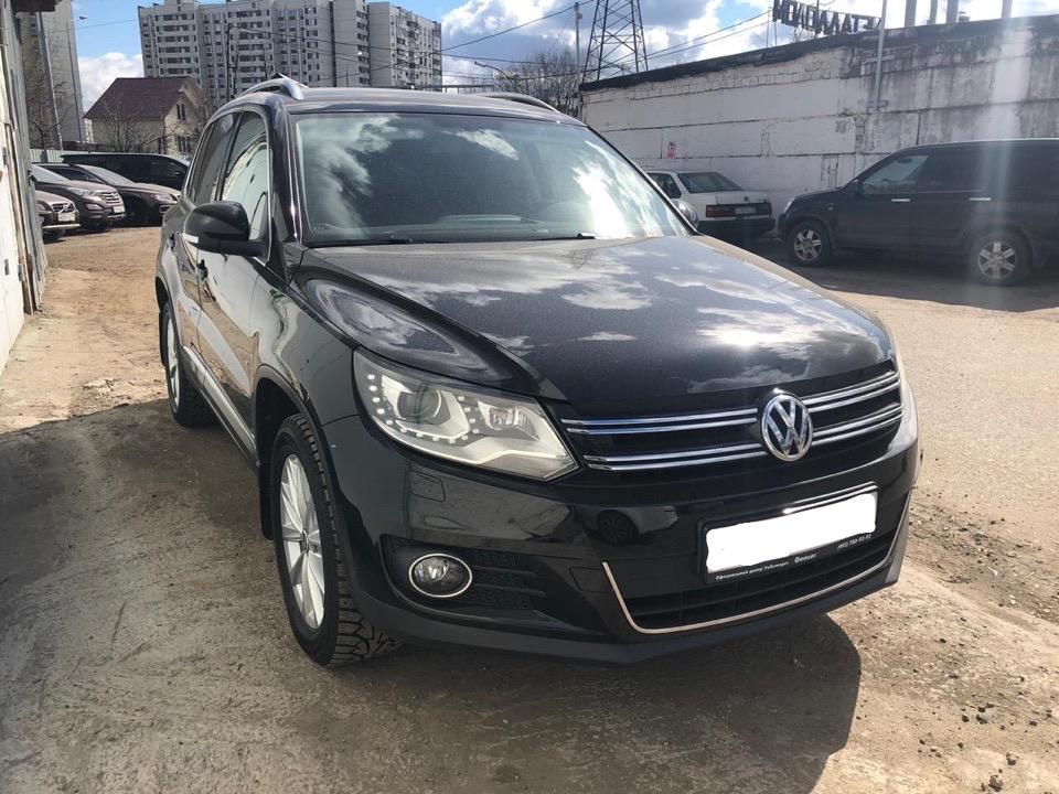 Подбор автомобиля под ключ Volkswagen Tiguan для Павла.
