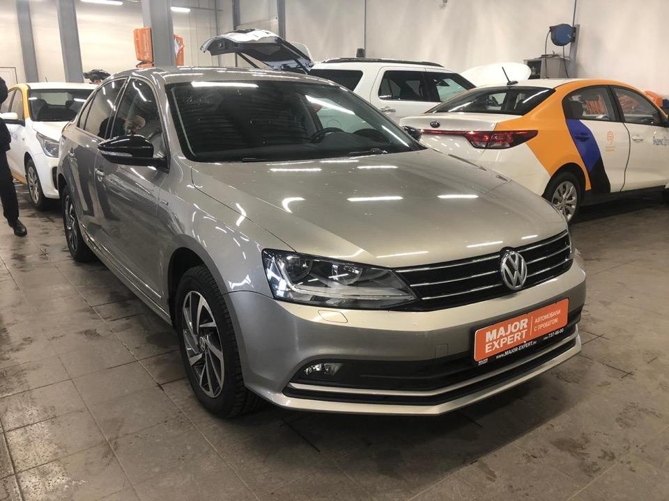 Подбор автомобиля под ключ Volkswagen Jetta для Павла.